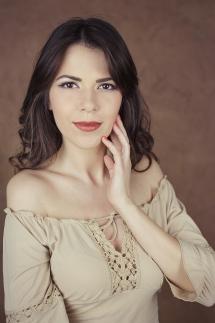 sedinta foto de portret studio bucuresti florentina rafaila